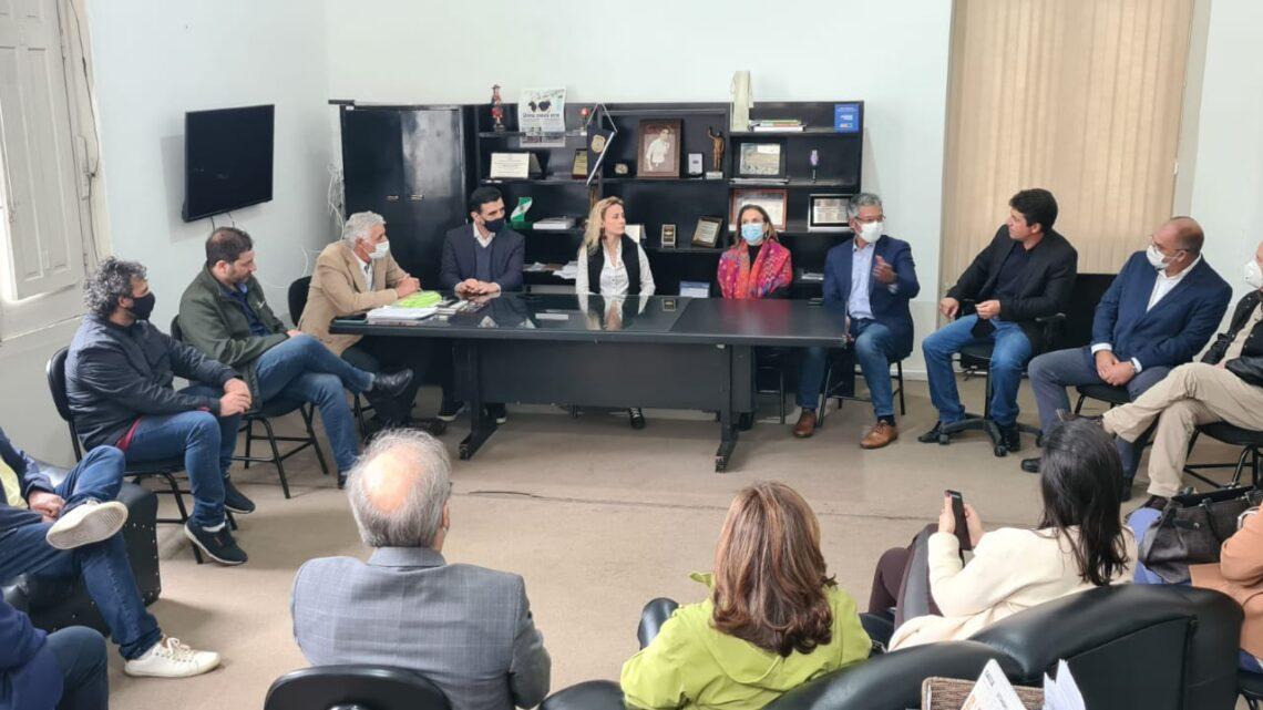 Presidente do BRDE apresenta programas de desenvolvimento do banco em Santana do Livramento